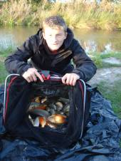 Nathan Baber, aged 12, is a Bristol City ball boy and so can do no wrong as far as Phil is concerned!  He had a great day fishing on peg 3 of Rushcombe Lake taking 226 fish to 1lb with a total weight of 36lb.  Nathan used a 16 hook on a 4lb line with pellet over pellet fishing to the inside left margin.   He was accompanied by his godfather, Lionel Chidzey who caught a very respectable 21.5lb of fish - 60 in total.