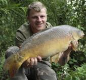 Ricky Seery again with a nice 9.3lb mirror also from the Carp Lake.